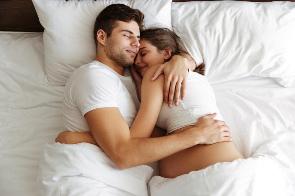 Happy Couple, Pregnant Woman